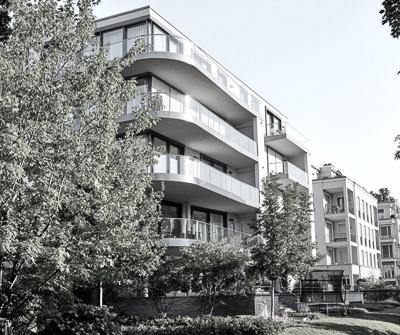 Nowe apartamentowce przywołujące refleksję, na temat jakim jest kredyt hipoteczny a luksusowe nieruchomości
